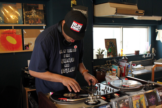 dj_dez_andres_root_down_records-04